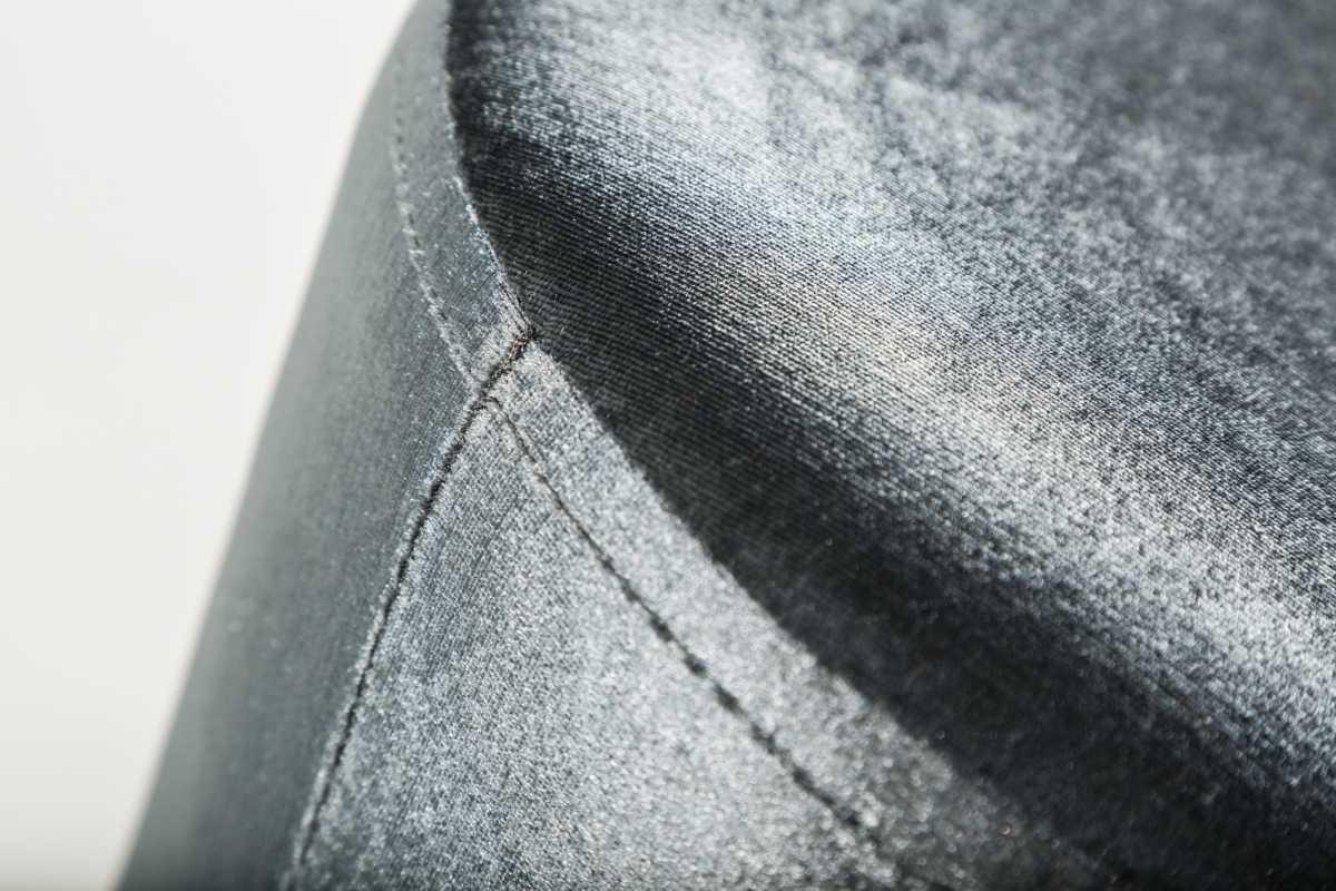 Stílusos puff Alejandra 55 cm - ezüst